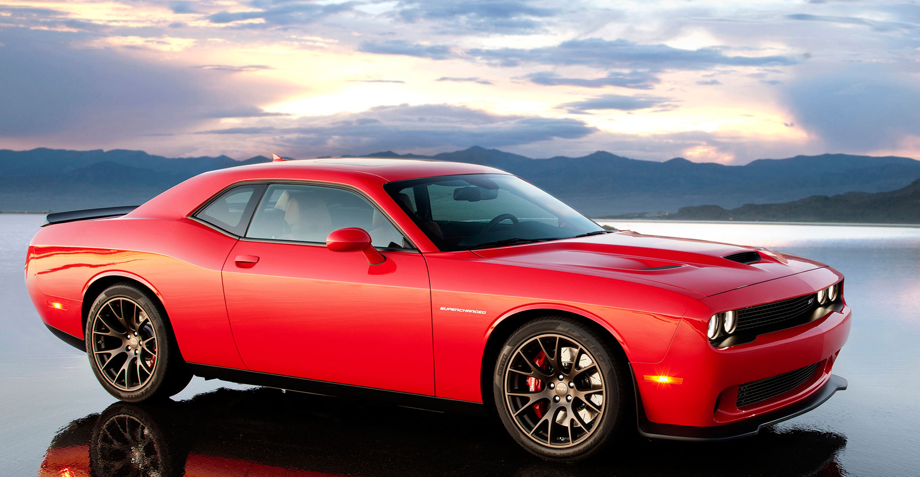 Srt Performance Dodge Challenger Srt Hellcat Aventura
