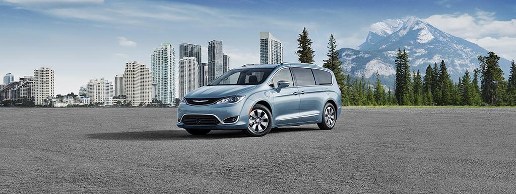 Aventura Chrysler Pacifica Hyrbid Fuel Savings Costs