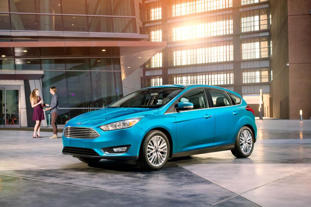 2017-ford-focus-hatchback-blue-candy