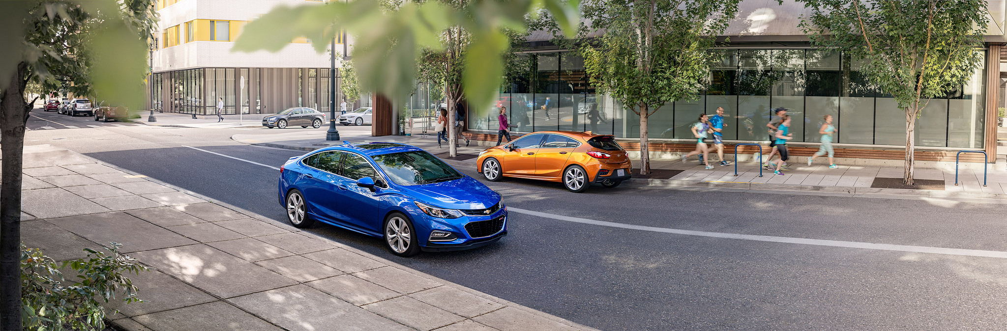 2017 Chevrolet Cruze & Cruze Hatch