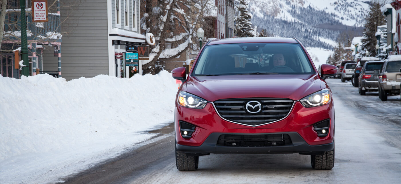2016 Mazda CX-5 in snow