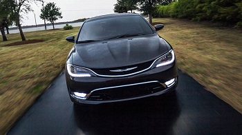 2016 Chrysler 200 Front