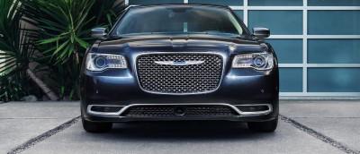 2016 Chrysler 300 Front (Custom)
