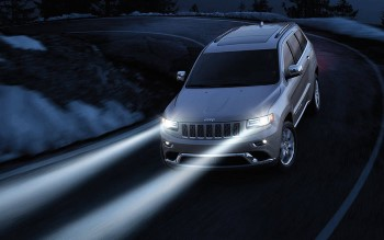 2016 Jeep Grand Cherokee Safety