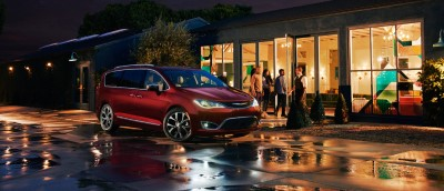 2017 Chrysler Pacifica Price (Custom)