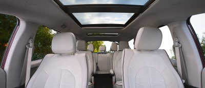 2017 Chrysler Pacifica Seats (Custom)