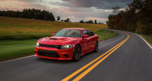 2016-charger-gallery-srt-02