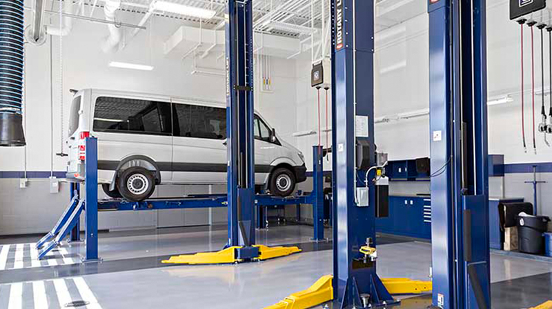 Authorized mercedes benz sprinter service center for Mercedes benz sprinter service
