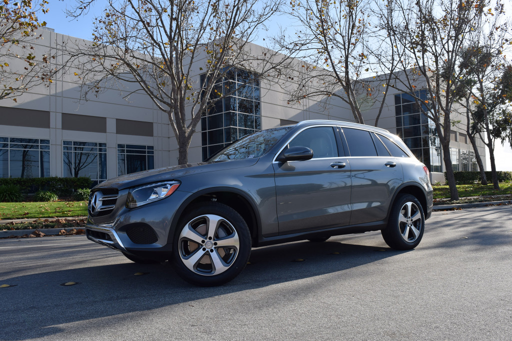 2016 Glc Suv Motor Trends Suv Of The Year Mercedes