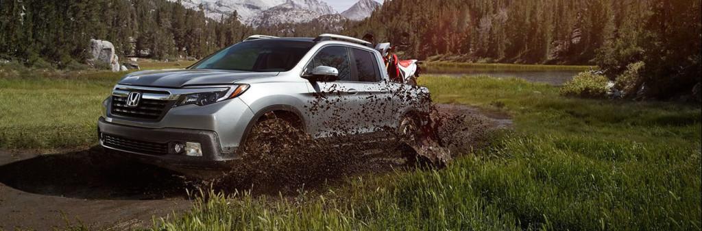 2017 Honda Ridgeline mud