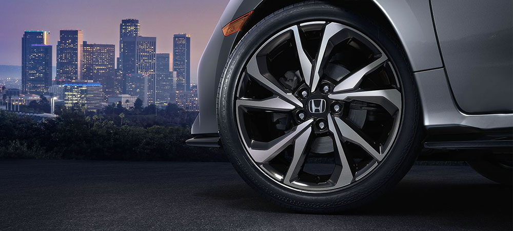 2017 Honda Civic Hatch Tire