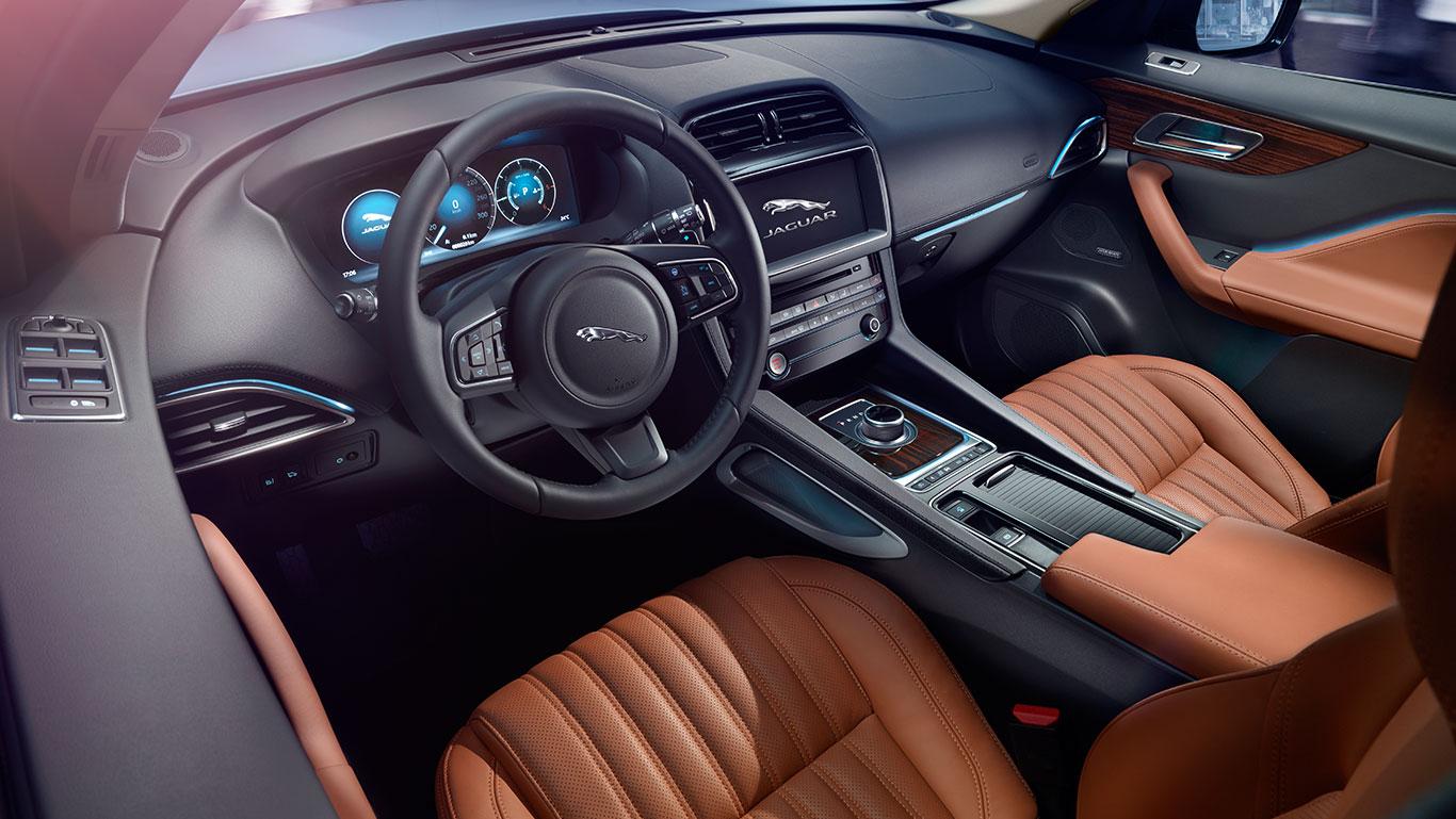 2017 Jaguar F-Pace Interior Dash
