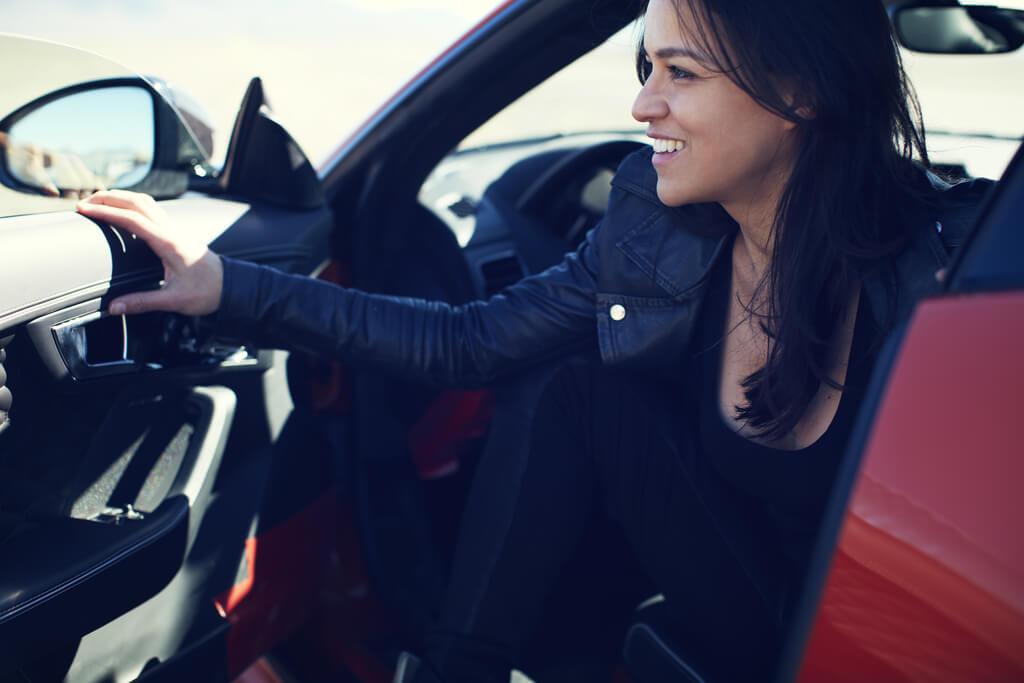 Michelle Rodriguez Drive Jaguar F-TYPE