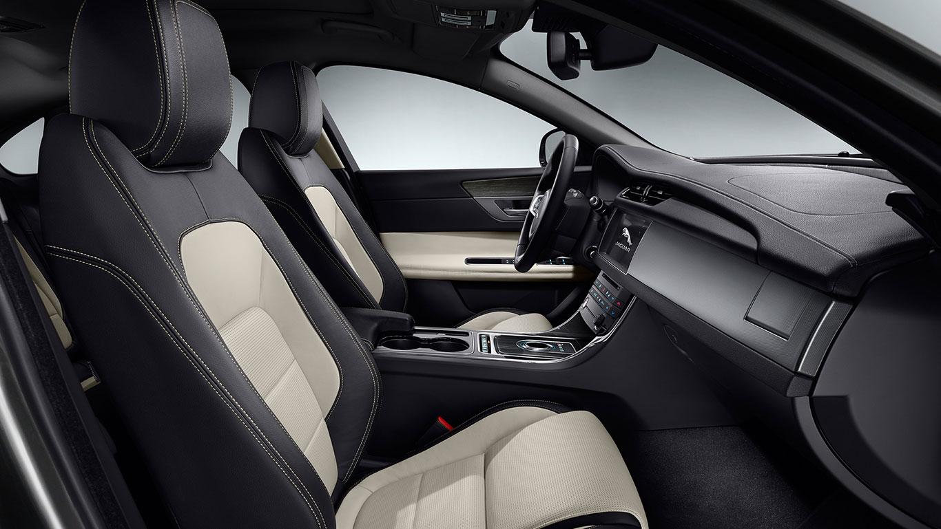 2016 Jaguar XF Interior