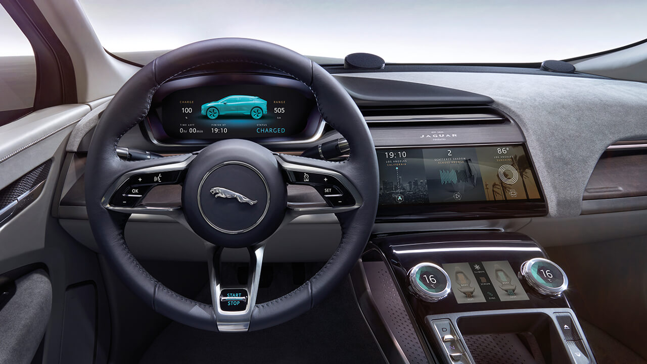 Jaguar I-PACE dash