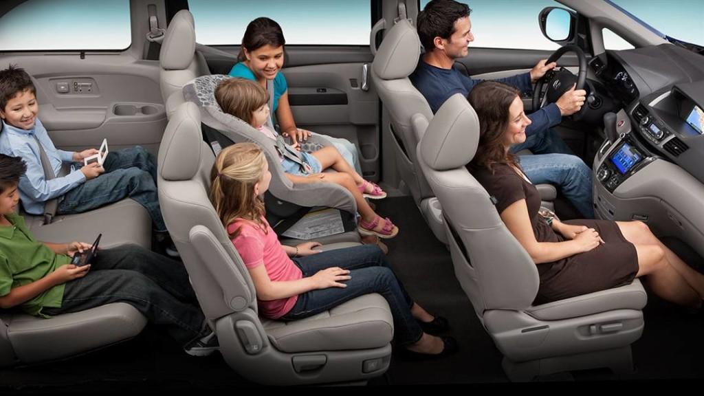family inside 2017 Honda Odyssey