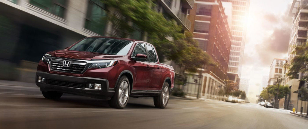 2017 Honda Cr V Ridgeline Win Car And Driver 10best Truck And Suv