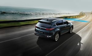 Compare the 2017 Kia Sportage and the 2016 Nissan Rogue