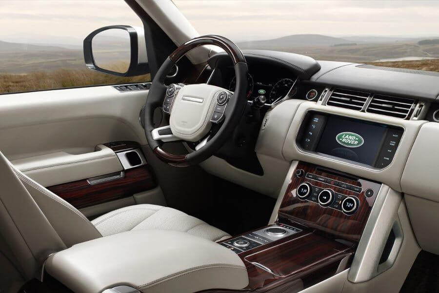 2016 Land Rover Range Rover Cabin