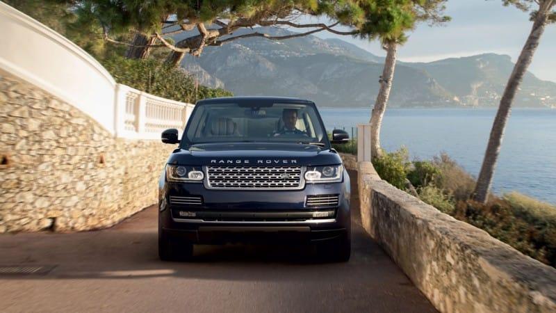 2016 Land Rover Range Rover vs. 2016 Toyota Land Cruiser