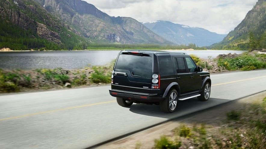 Land Rover LR4 exterior