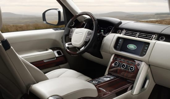 2016 Land Rover Range Rover dash
