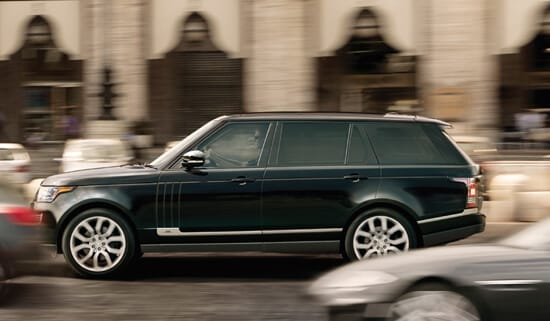 https://di-uploads-pod5.s3.amazonaws.com/landroverfortmyers/uploads/2016/11/2016-Land-Rover-Range-Rover-SVAutobiography-driving-dynamics.jpg