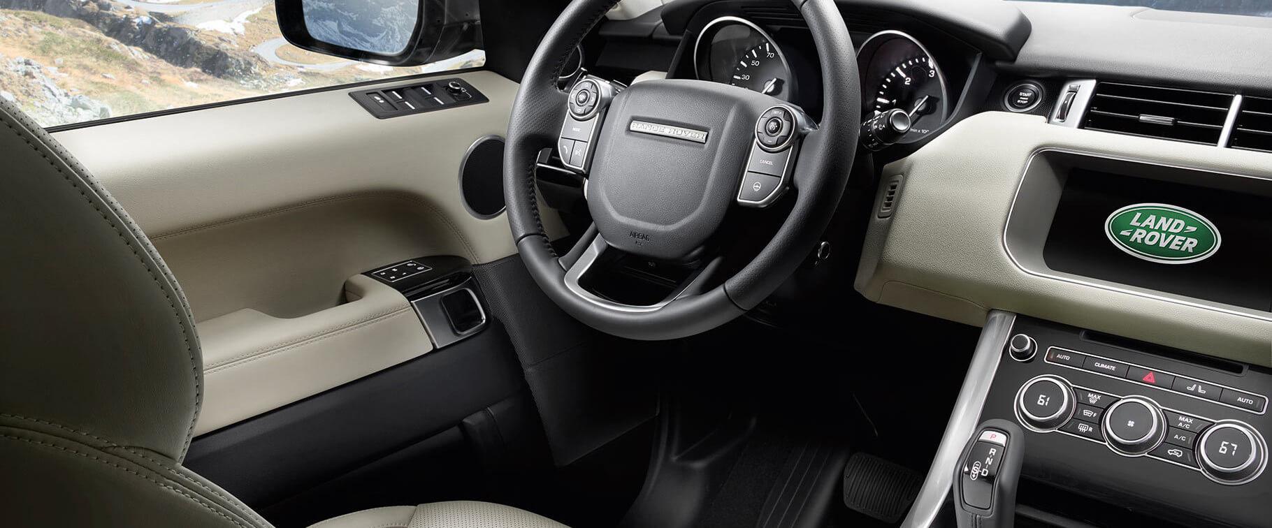 2017 Land Rover Range Rover Sport interior dash