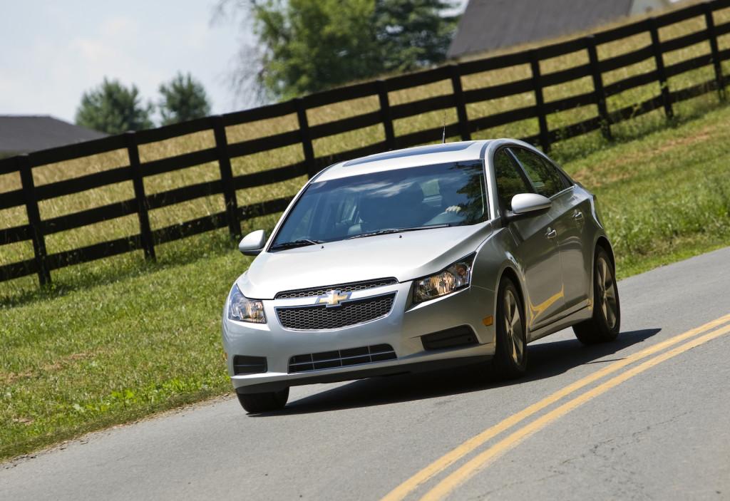 Chevrolet Cruze LT drives in Haymarket, Virginia (Photo by Mark Finkenstaedt for Chevrolet)