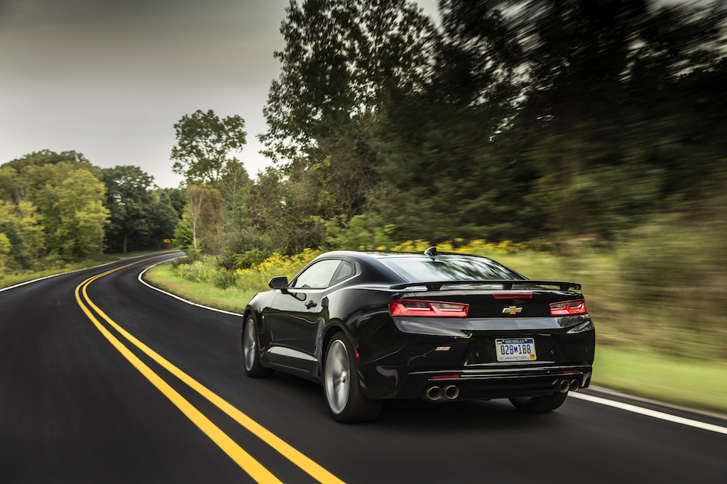 Exploring performance figures for 2016 camaro unbelievably chevy had managed to produce an even faster vehicle and jeremy korzeniewski of autoblog attributes the improved speed to additional power and publicscrutiny Gallery