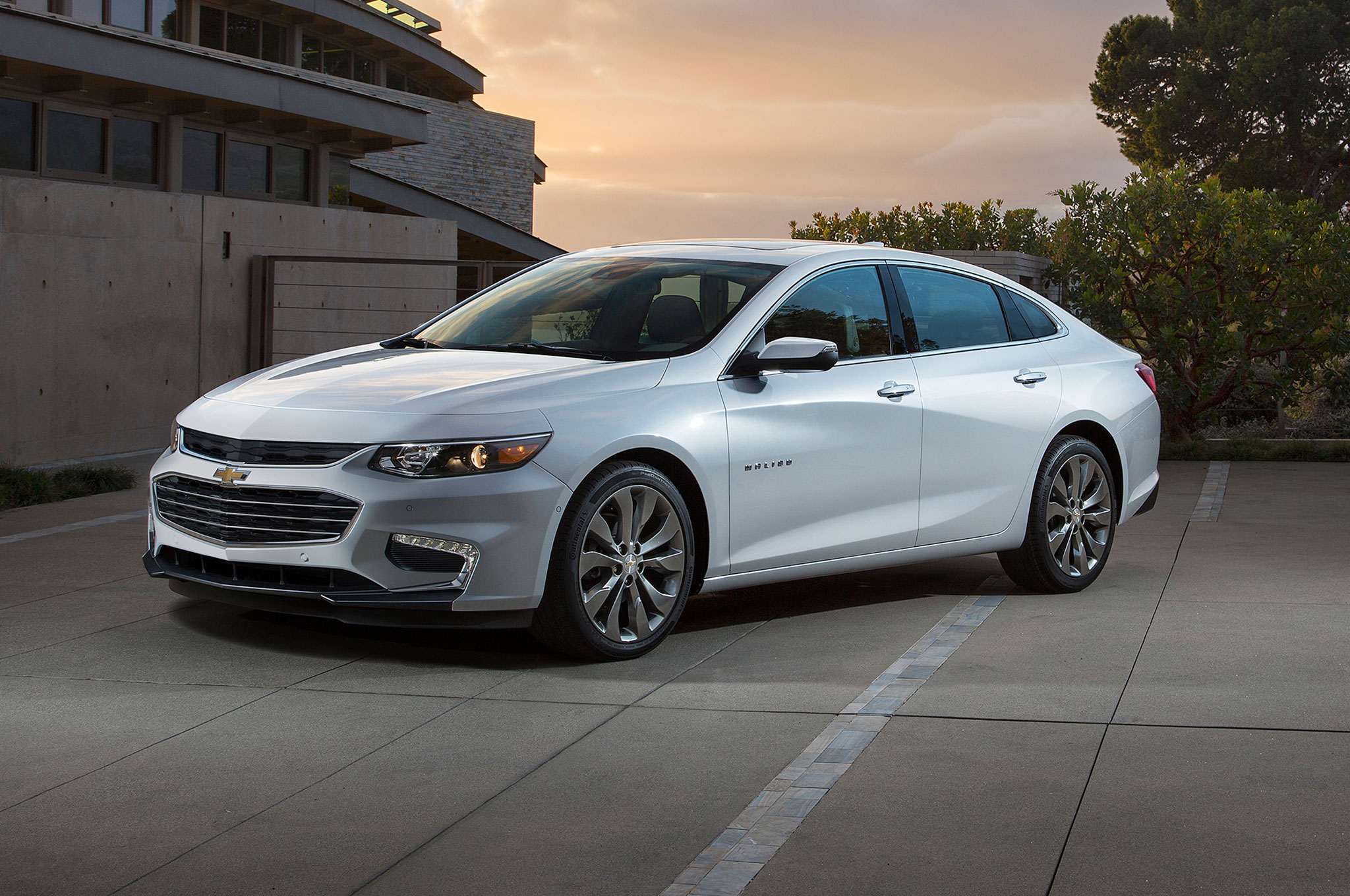 2016 Chevy Malibu & Top 2016 Malibu Highlights and Ford Fusion Comparison - McCluskey ... markmcfarlin.com