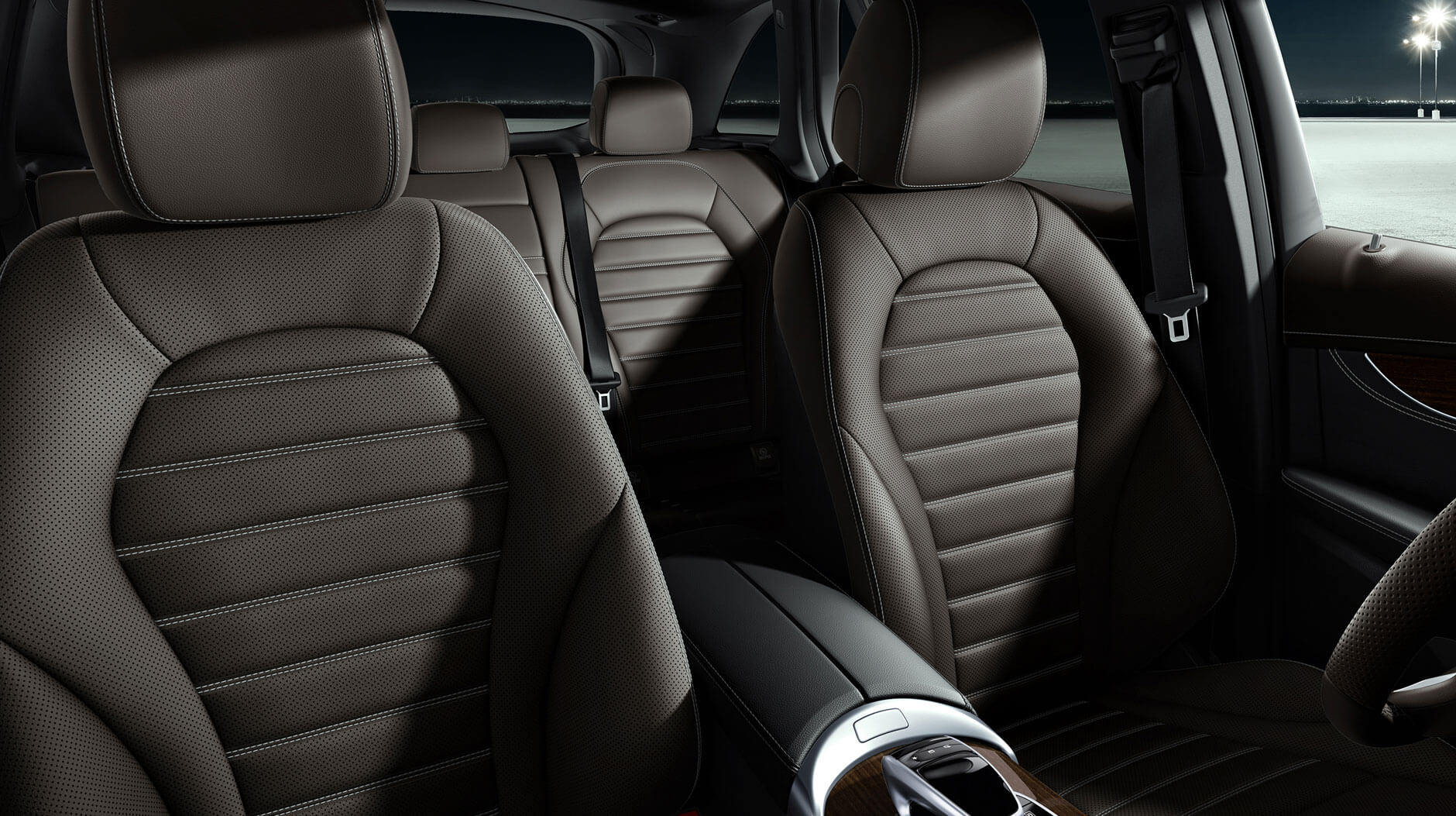 2017 Mercedes-Benz GLC front interior seating