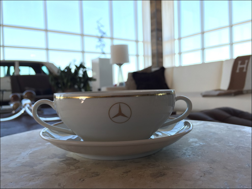 Mercedes-Benz Porcelain Dining Sets