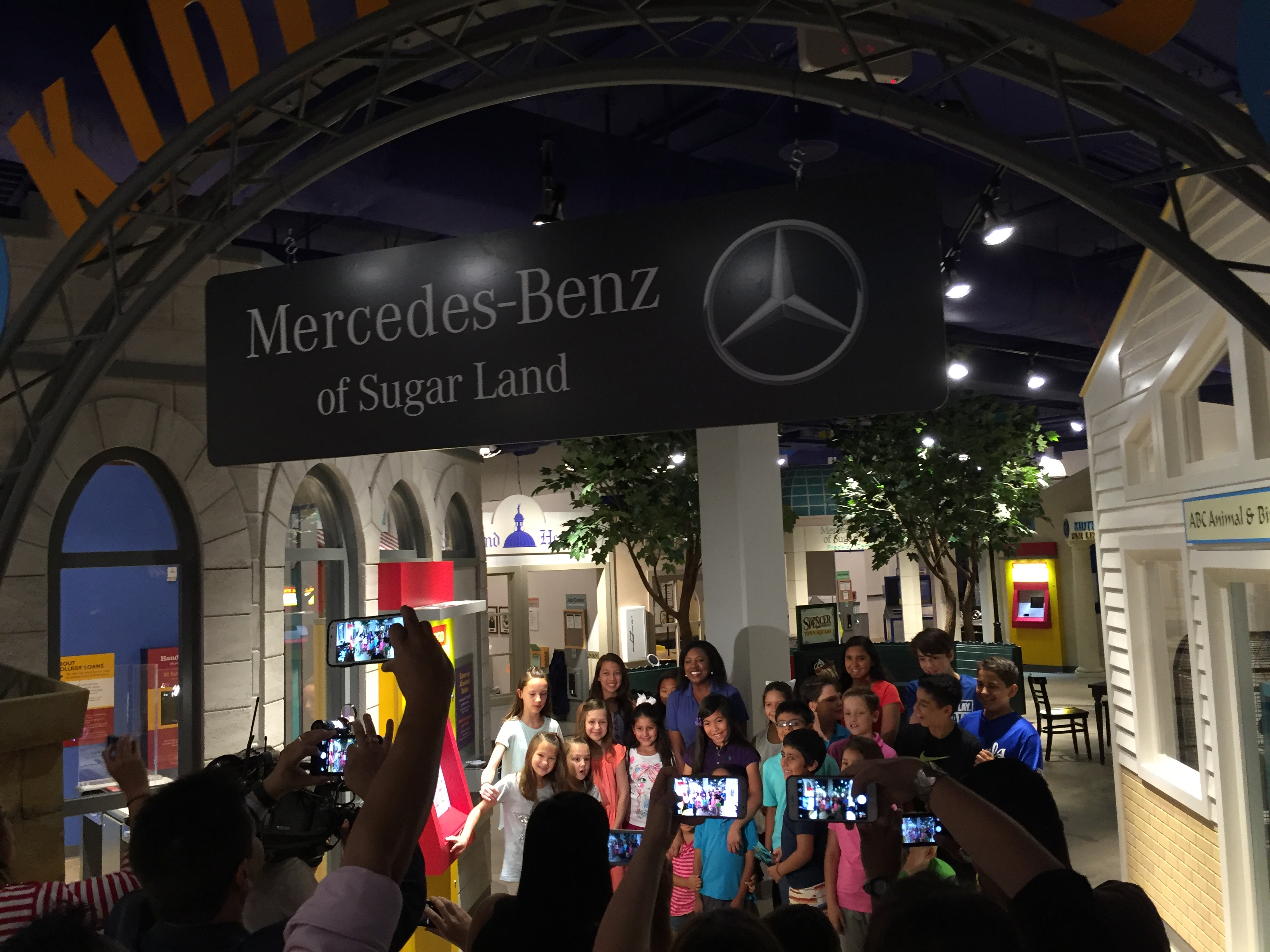 Mercedes benz of sugar land precision center exhibit is for Mercedes benz sugarland careers