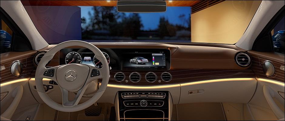 2017 Mercedes-Benz E-Class Interior Dashboard