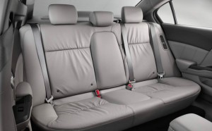 2014-honda-civic-hybrid-rear-seats