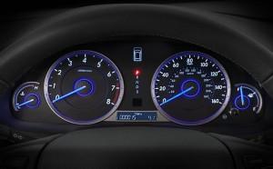 2014-honda-crosstour-interior-feature-instrument-panel-detail
