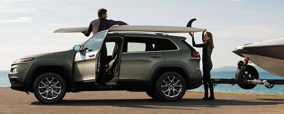 2016 Jeep Cherokee beach